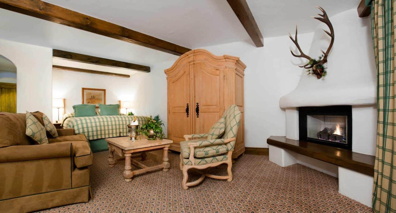 Blue Spruce Suites