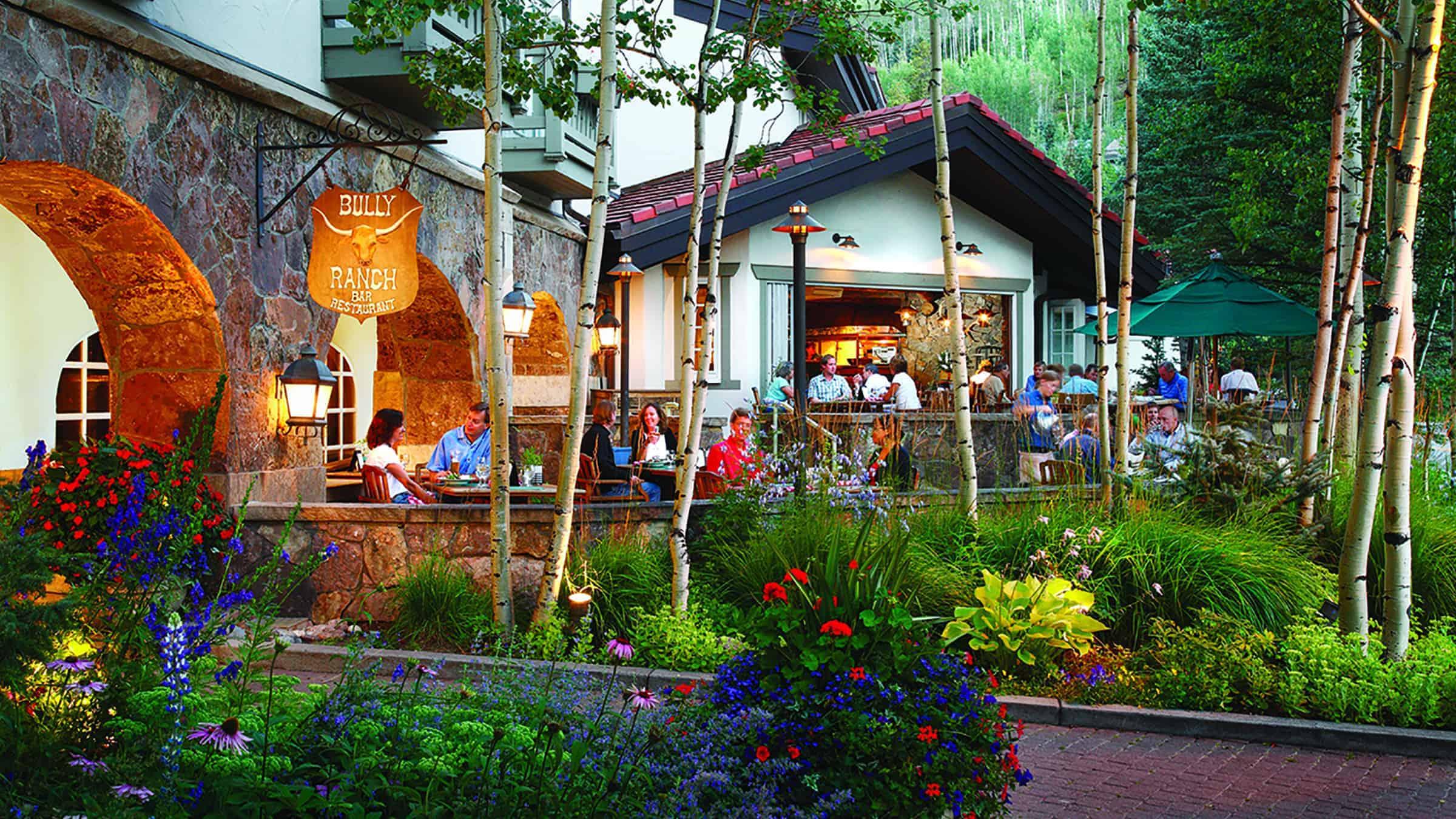 bully-ranch---patio_28769787632_o